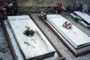 File0012-groby Strawińskich